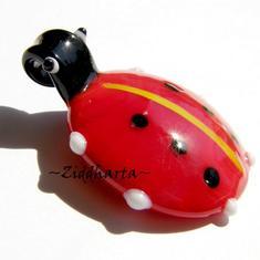 LampWork-hänge: Underbar Ladybug - Nyckelpiga