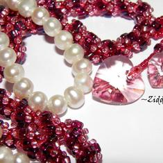 SÅLD: Pink Beaded Rope Swarovski Crystals: Hearts