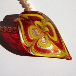 """""""Murano"""" Droppformat hänge: Rött, silver & mönstrat i gult - Finns endast ett!"""