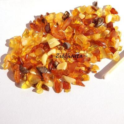 80-100 chips - AMBER /Bärnstens - Oborrade i alla färger - Small