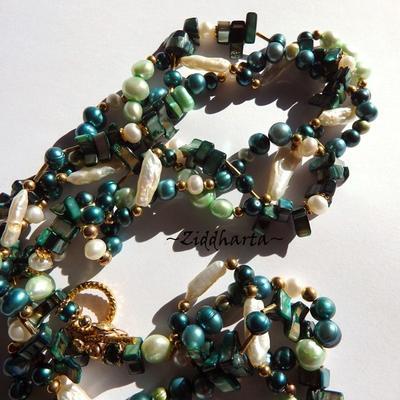 Emerald 3-strand Necklace Freshwaterpearls Necklace Mother of Pearl Necklace Multi-strand Necklace - Handmade Jewelry by Ziddharta