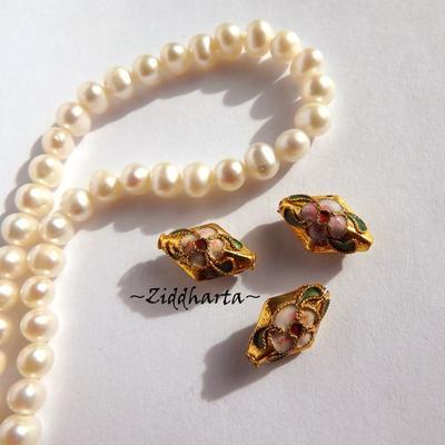 1 Cloisonné pärla: Gold Guld Romb / Rombisk #45