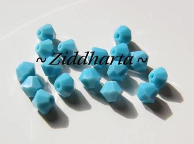 Swarovski Bicone 4mm Crystals - Turquoise - 8st