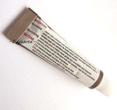 Liten 5ml Limtub - Universal Lim - Genomskinligt, Vattenfast, målningsbar, flexibel fog
