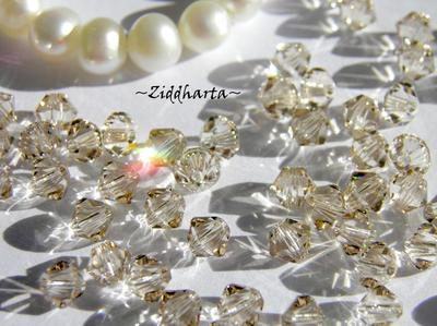 Swarovski 4mm Bicone - Light Silk - 8st
