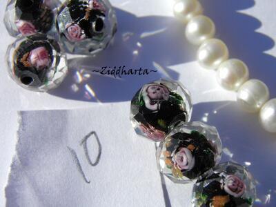 Exklusiv Handgjord LampWork glaspärla: Facetterad Rondell Rosor & guldsand -Svart black JET #10