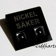 10-pack Svarta Örhänges Displayer - Nickel Säker