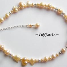 Unika och personliga smycken:  LYXIGT Halsband - Bride PeachApricot - handgjort av Ziddharta i Sverige