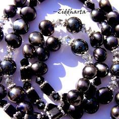 Necklace Hematite w Black  Freshwaterpearls & Swarovski Crystals - Handmade Jewelry and Beadings by Ziddharta