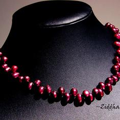 Necklace Dk BurgundyRed Topdrilled Freshwaterpearl Collier - Handmade Jewelry and Beadings by Ziddharta