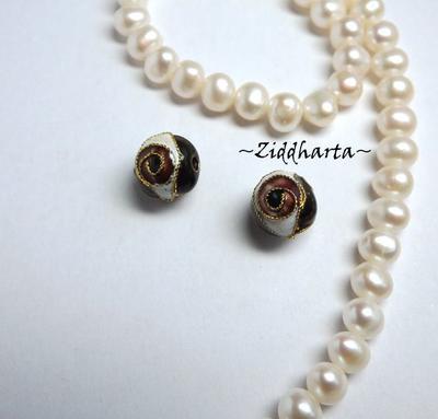 1 Cloisonné pärla: 10mm Svart Kula #40