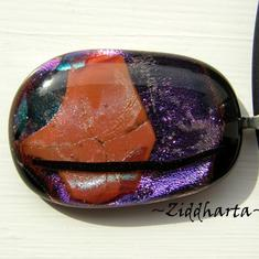 67 Purple Tulip - Dichroic hänge på smyckesrem