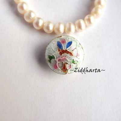 1 Cloisonné pärla: VIT Rund Trollslända till hänge #11