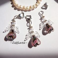 1 Ängla-hänge: Black Svart GS Ängel Crystal Clear Wings - Handmade Angels by Ziddharta